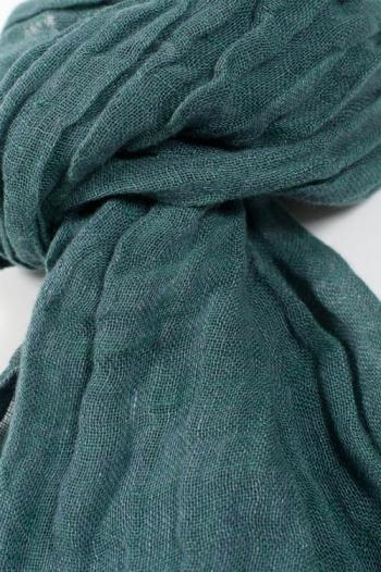 Sciarpa in lino colore verde - Dettaglio