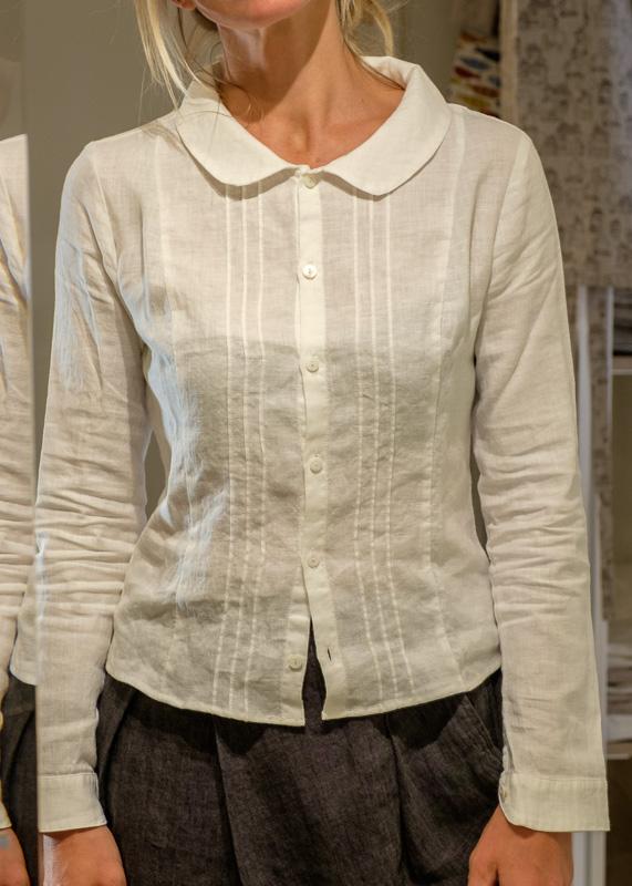 buy popular a55cc d72e3 Camicia in lino con collo tondo - Baltico