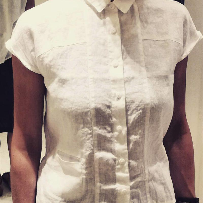 Camicia in lino morbido sottile fronte con taschina fronte